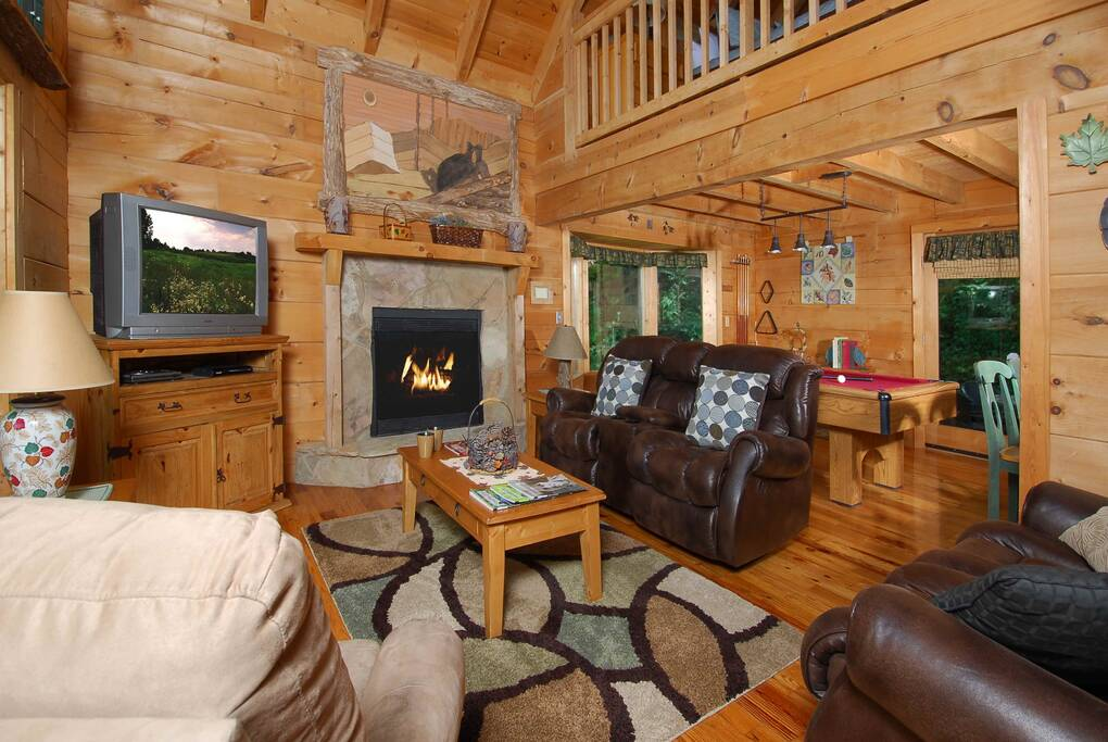 Knotty And Nice 1 Bedroom Cabin Rental