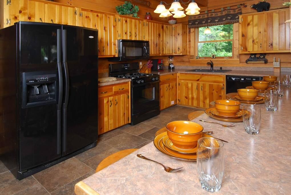 Above Gatlinburg 4 Bedroom Cabin Rental