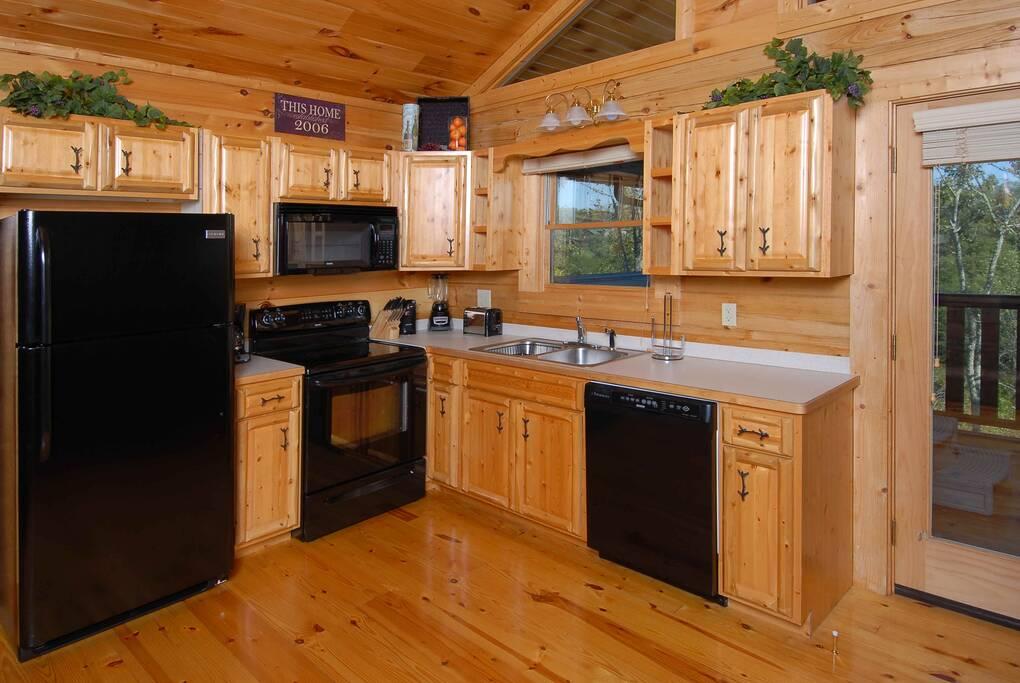VistaBreeze_DSC_0058 kitchen