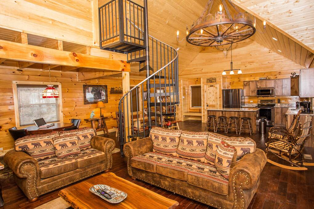 majestic create your own bedroom games. Royal Majestic  6 Bedroom Cabin Rental