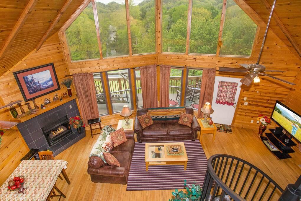 in tn bg cabin rentals acorn smoky rental pigeon forge mountain gatlinburg cabins