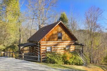 Bear Tracks  1 Bedroom Cabin Rental