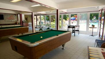 South-Clubhouse-Pool-Tables