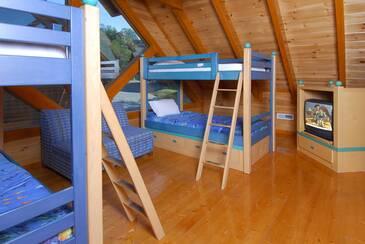 Bunk Beds b