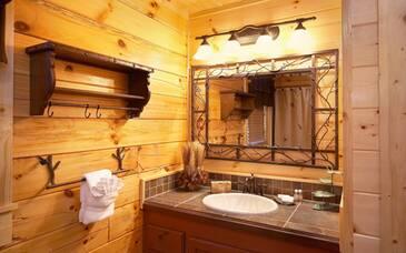 HiExp_Main floor bath
