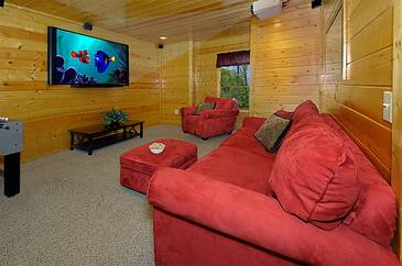 Mountain Breezes 4 Bedroom Cabin Rental