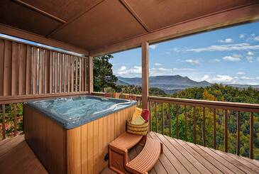 ChangesInLa_Changes-in-Latitude-2014-Hot-Tub-Deck
