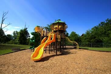 StarrCrestR_Starr Crest Playground