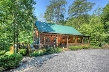 Grace Place  2 Bedroom Cabin Rental